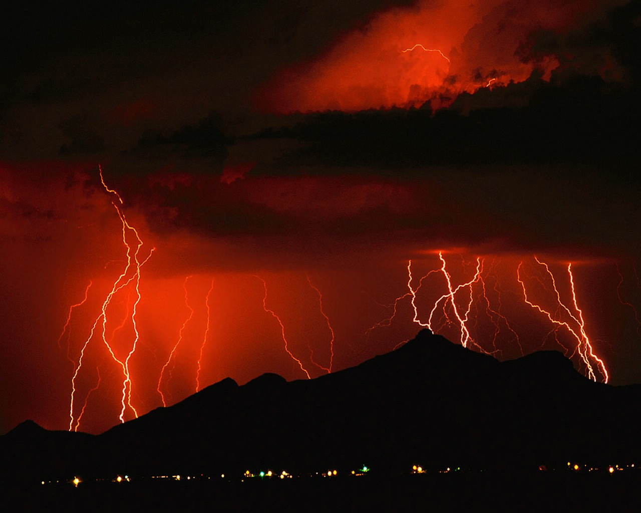 Xmwallpaperscom Wallpaper Storms Lightning Red
